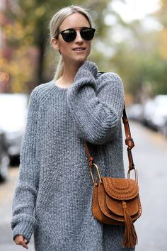 The Skirt/Knit Formula Chloe Hudson Bag, Chloe Bag, Chunky Oversized Sweater, Brown Crossbody Bag, Indie, Trends, Models, Fashion Books, Mode Style