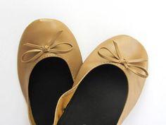 http://www.mamidecora.com/solomama-enrolladas_zapatos.html