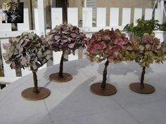 How to make tree with hortensia flowers, tuto in french. But easy to follow with the pictures