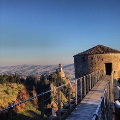 La Torre dell'Orologio di #Brisighella immersa nel sole invernale - Instagram by enricoborsetti