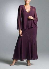 You will feel elegant wearing this soft flowing jacket dress. This beaded chiffon dress and jacket has a knit lining adding the perfect amount of comfort. A style perfect for any special event!