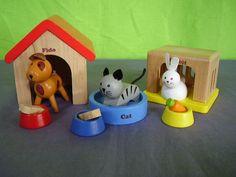 Houten poppenhuis huisdierenset.