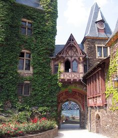 Castle Gate, Mosel Valley, Germany  photo via valerie