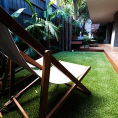There are lots of affordable backyard landscaping ideas you can look into. For a backyard landscape upgrade, you don't need to spend so much cash to get an outdoor look that is easy and affordable. Small Yard Landscaping, Small Backyard Design, Landscaping With Rocks, Garden Design, Backyard Ideas, Garden Ideas, Backyard Seating, Outdoor Ideas, Hot Tub Deck