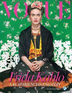 Su estilo es reconocido alrededor del mundo y su mítica figura ha inspirado a grandes diseñadores de moda, así que sólo era cuestión de tiempo para que Frida Kahlo engalanara la portada de la revista de moda más famosa del mundo.