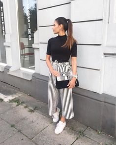 Summer Business Outfits, Winter Mode Outfits, Stylish Summer Outfits, Winter Fashion Outfits, Women's Fashion Dresses, Neue Outfits, Edgy Outfits, Trousers Women Outfit, Simple Kurti Designs