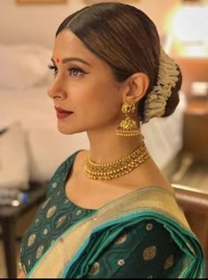 Jennifer Winget Beyhadh, Tashan E Ishq, Saree Look, Blue Makeup, Indian Celebrities, Bollywood Actress, Bollywood Style, Indian Bollywood, Indian Beauty