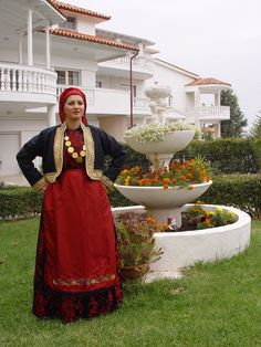 anatoliko-thessalonikis2 Folk Costume, Costumes, Greek Traditional Dress, Greek Apparel, Greek Clothing, Greeks, Product Launch, Sari, Victorian