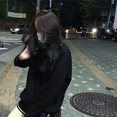 girl, asian, and black image Korean Girl Photo, Cute Korean Girl, Asian Girl, Ulzzang Korean Girl, Ulzzang Couple, Korean Aesthetic, Aesthetic Girl, Korean Best Friends, Girl Korea
