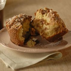 Cinnamon coffee cake jumbo muffins make me smile!