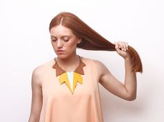 AMALIA leather necklace Yellow-brown  handpainted by uyLaurel