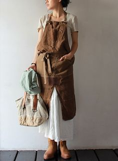 Wrap-Around APRON...Ideal in the Garden...M/F...Available at Takanna Japan