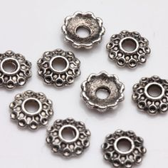 100Pcs-Tibet-Silver-Plated-Flower-Spacer-Bead-Caps-Jewelry-Findings-DIY-6x2mm