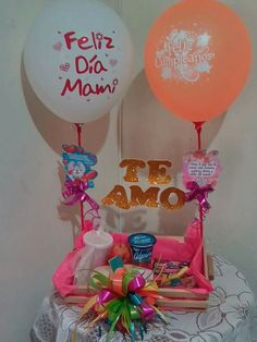 Trousseau Packing, Balloons And More, Balloon Arrangements, I Really Love You, Candy Bouquet, Ideas Para Fiestas, Pink Candy, Birthday Decorations, Creative