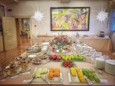 Oggi la #colazione è tra #arte e #stile... @byblos.art.hotel  #buongiorno #colazione #byblosarthotel #verona #valpolicella #picoftheday #colazionetime #breakfast #luxurytravel #besthotel #arthotel #colazioneitaliana #delicious #travel #follow #daianalorenzato #italianexperience #instafood #instagood #love #morning