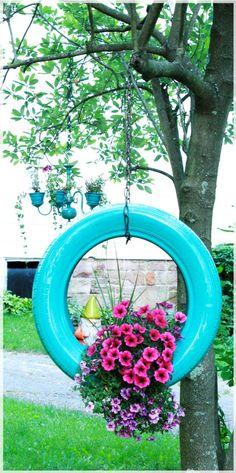 Floreira, menos um pneu na Natureza.