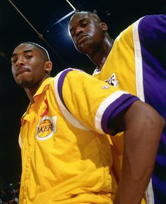 Shaq and Kobe Kobe Bryant Quotes, Kobe Bryant 8, Kobe Bryant Family, Bryant Lakers, Nba Players, Basketball Players, Basketball Legends, Shaq And Kobe, Lakers Wallpaper