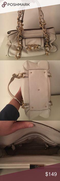 Anya Hindmarch white leather handbag. Anya Hindmarch white leather handbag with gold chain handles!! Anya Hindmarch Bags Satchels