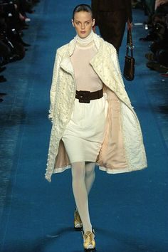 Saint Laurent Fall 2005 Ready-to-Wear Collection Photos - Vogue