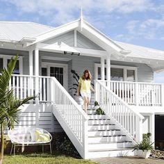Beach house exterior ideas beach house style coastal style home ideas beach house exterior colors designing House Paint Exterior, Exterior House Colors, Exterior Design, Grey Exterior, Exterior Stairs, Wall Exterior, Cottage Exterior, White Exterior Houses, Exterior Siding