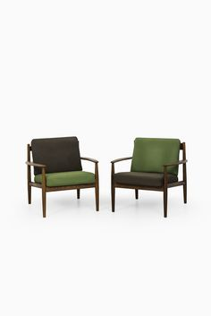 Grete Jalk easy chairs model 118 at Studio Schalling