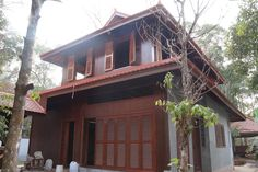 Cambodian/ khmer wooden architecture Asian Architecture, Wooden Architecture, Traditional Homes, Traditional Dresses, Asian House, Wooden Houses, Thai Style, Cambodia, Gazebo