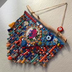 Diy And Crafts, Arts And Crafts, Hand Embroidery Art, Denim Crafts, Embroidered Clothes, Diy Hanging, Loom Patterns, Boho Decor, Diy Home Decor