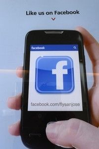 Facebook Trumps Twitter On Mobile Ads After All