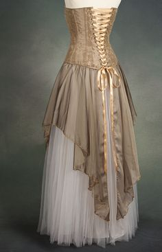 Costumes: Dresses & Gowns – gold and white