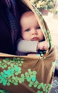 baby pictures/so want the pouch thing too Baby Family Pictures, Cute Baby Pictures, Newborn Pictures, Baby Photos, Precious Children, Beautiful Children, Beautiful Babies, Cute Kids, Cute Babies