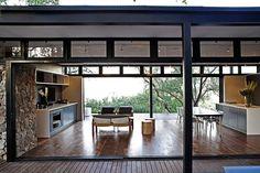 Modern Steel-Framed Home in Johannesburg, South Africa   http://www.designrulz.com/architecture/2012/12/modern-steel-framed-home-in-johannesburg-south-africa/