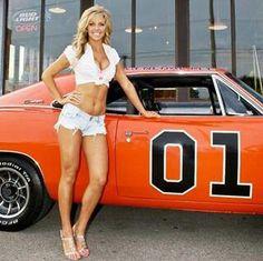 Beautiful! N Girls, Pin Up Girls, Mopar, Peugeot, Hot Rods, Crossfit, Volkswagen, General Lee, Tanks