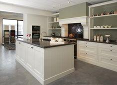 Home - Ferdie de Mulder Kitchen Dining, Kitchen Island, Kitchen Cabinets, Dining Rooms, Slate Flooring, Kitchen Interior, New Homes, Mansions, House