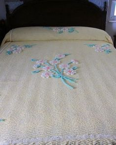 Beautiful Chenille Yellow Bedspread  Full Size