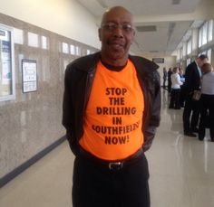 """Mike Campbell su Twitter: """"Larry Quarles gets wish - for now. Injunction continued, blocks oil drilling at Southfield Church. @WWJ950…"""