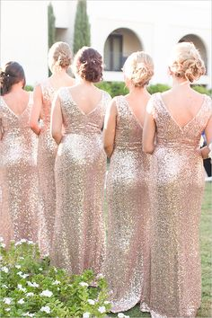 gold #sparkle #bridesmaid dresses @weddingchicks