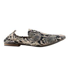Plus Size Model, Summer Shoes, Moccasins, Snake, Spring Summer, Beige, Fashion, Penny Loafers, Moda