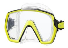 The M-1001 Freedom HD mask is the latest design to come from Freedom Technology. It is a single lens masks with an incredibly wide field of vision. This mask boasts a 180° Rotational Buckle System, which allows it to fit a variety of face sizes while maintaining a low profile. [New/High Quality] ...