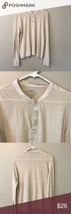 """Lucky brand ivory long sleeve Soft and comfortable to wear. In excellent pre-loved condition. Ivory color.   Size Medium  Measurements (laying flat): Armpit to armpit: 17"""" Armpit to bottom hem: 16"""" Total length: 25""""  Materials: 55% Linen, 45% Cotton   Note: Cover photo is not what we're selling but it's very similar. Using for styling purposes.    ❌No trading 🎈Bundle discount  🌺Reasonable Offers 👍 ✈️Fast shipping  💫Top 10% Seller ✨Suggested User 💗Poshmark Ambassador Lucky Brand Tops…"""