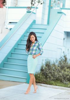 spring work outfit // turquoise pencil skirt + plaid shirt