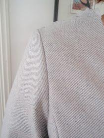 Präntöön Kruppukräätäri: Maailman helpoin hihan istutus Sewing, Dressmaking, Couture, Fabric Sewing, Stitching, Full Sew In, Costura
