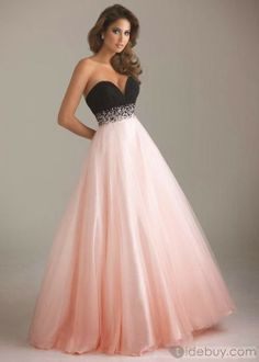 Lovely. #fashion, #gowns, #dresses