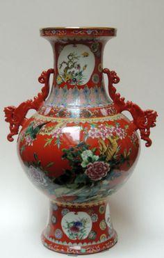 Vaso em porcelana decorada e adornos em porcelana - 53 cm Altura (Perfeito estado)