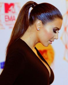 I will say this for Kim K, always in sleek ponytail because she is looking very hot n sexy in sleek ponytail
