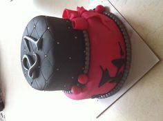 21st birthday cake pink and black party