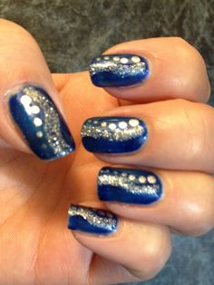 Nails by Nancy :) Blue and silver gel