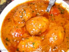 Malai Curry is an authentic Bengali style of mouth watering curry cooked in coconut milk. Malai curry can be prepared with various ingredien...