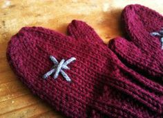 cute knit mittens, give away, knitting blog, the mad knitter