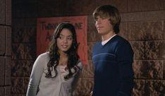 Troy y Gabriella llegan TARDE a su audición, y Troy solamente le sigue la corriente porque quiere enrollarse con Gabriella.