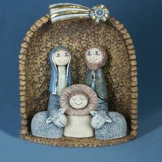 Christmas Nativity, Christmas Crafts, Ceramic Christmas Decorations, Light Of Christ, Ceramic Angels, Jesus Art, Christmas Trends, Theme Noel, Pottery Classes